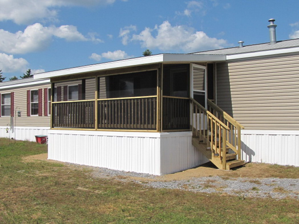 Image gallery mobile home screen porches for How to build a front porch on a mobile home