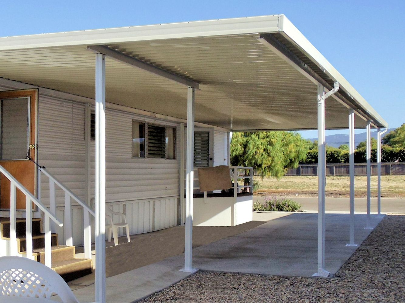 Image gallery mobile home awnings for Balcony awning